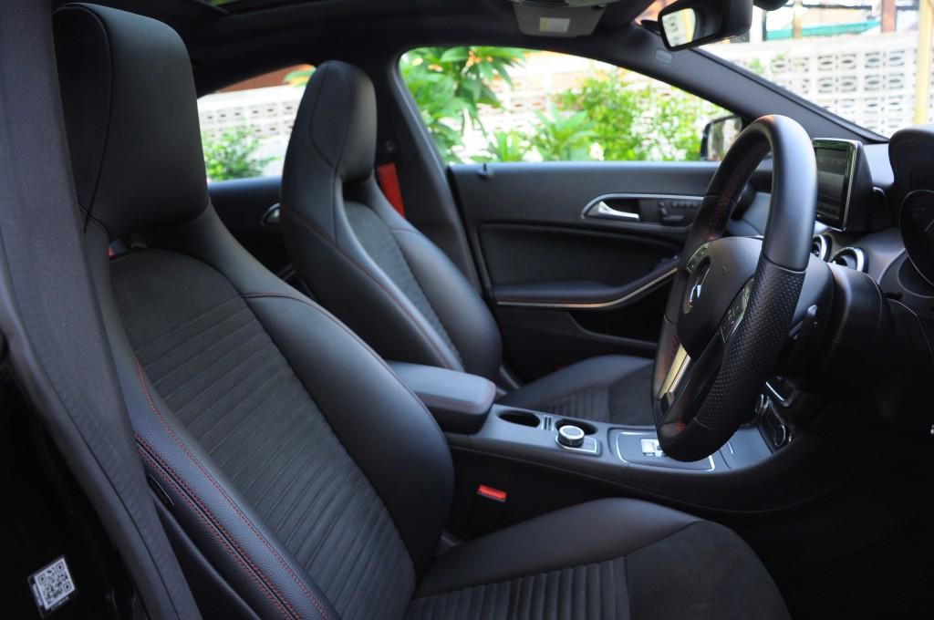 Mercedes-Benz CLA 45 AMG (12)