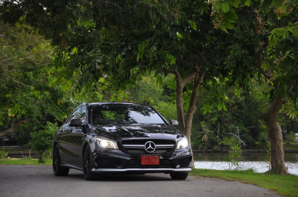 Mercedes-Benz CLA 45 AMG (5)