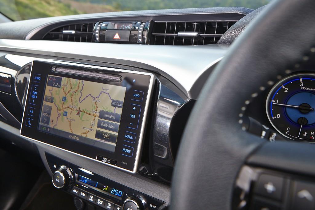 Toyota Hilux Revo D-cab Test Drive (122)