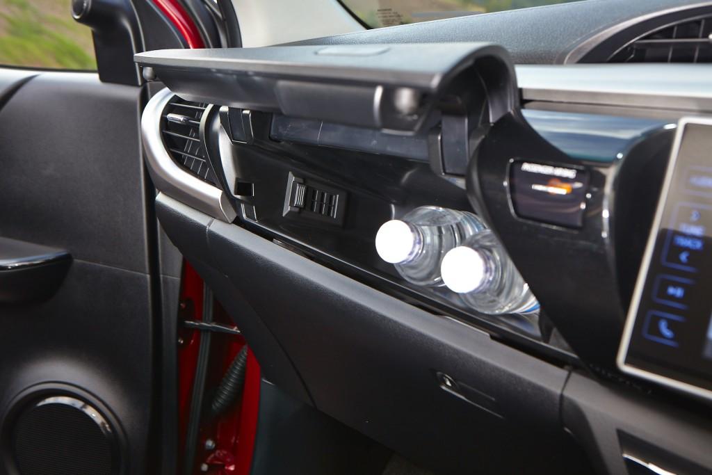 Toyota Hilux Revo D-cab Test Drive (124)