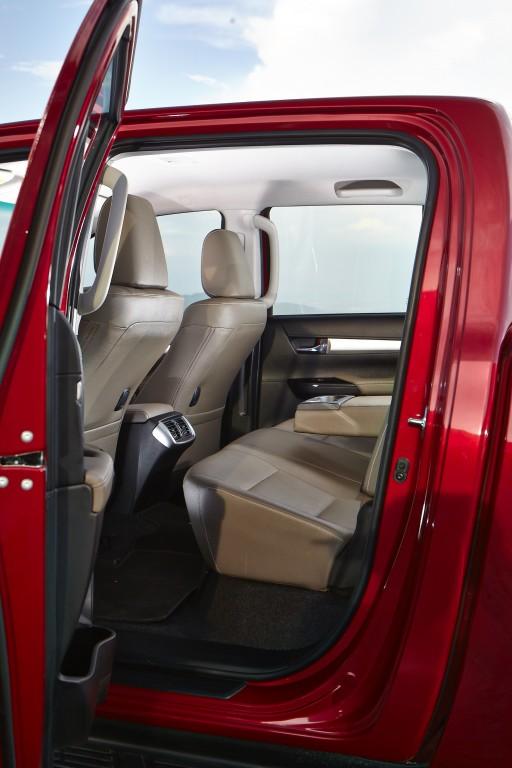 Toyota Hilux Revo D-cab Test Drive (80)