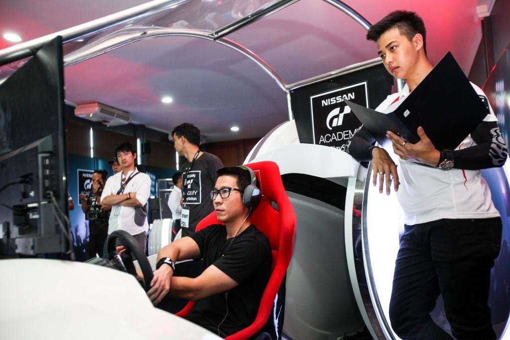 2015 Nissan GT Academy (3)