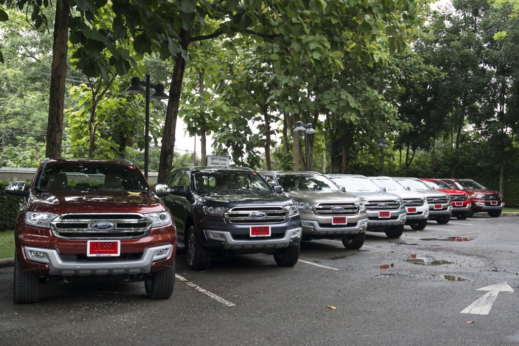 Ford Everest drive 004