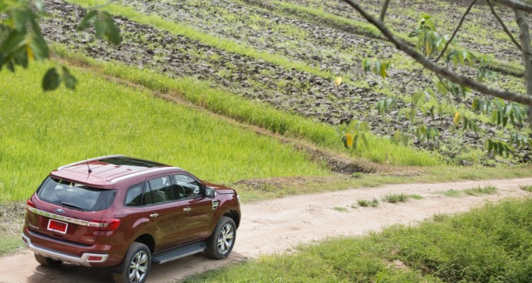 Ford Everest on location 016