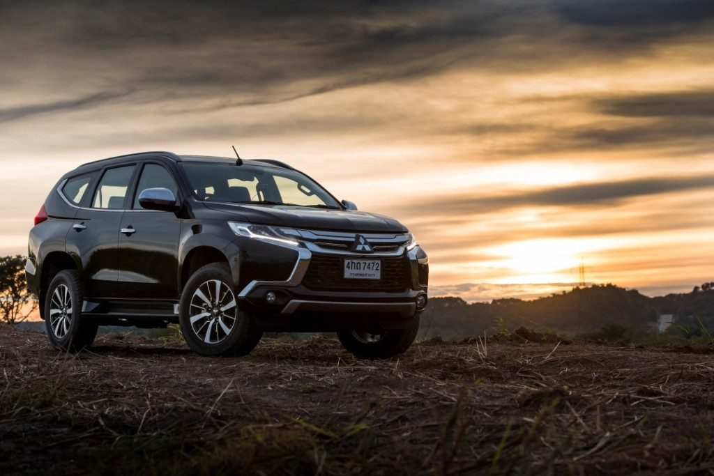 2015 All Mitsubishi Pajero Sport (34) (Custom)