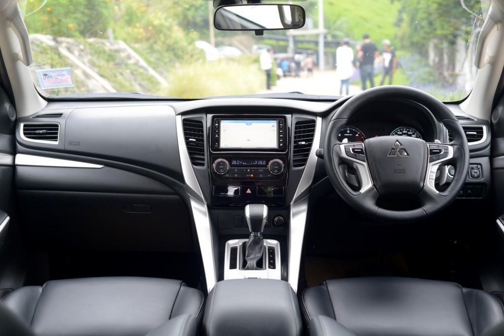 2015 Mitsubishi Pajero Sport Test บทความ (2)