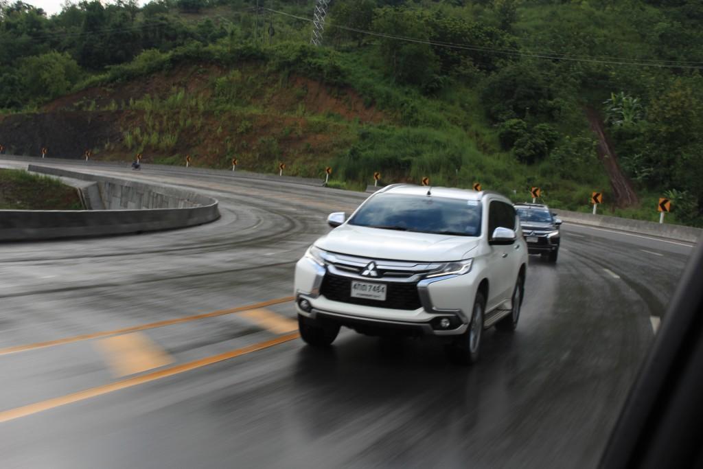 2015 Mitsubishi Pajero Sport Test บทความ (9)