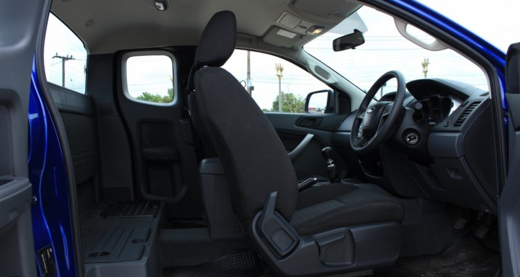 2015 Ford Ranger Open cab 2.2L Hi-Rider Mid Power MT (11)