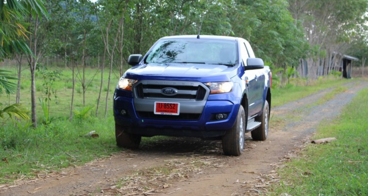 2015 Ford Ranger Open cab 2.2L Hi-Rider Mid Power MT (32)