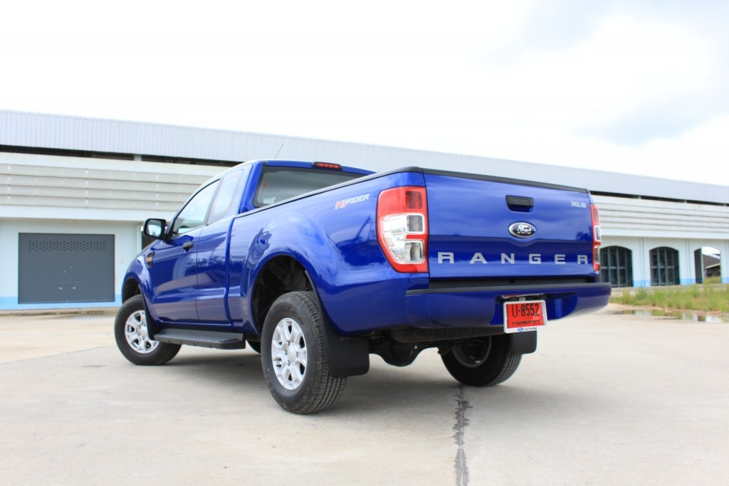 2015 Ford Ranger Open cab 2.2L Hi-Rider Mid Power MT (4)