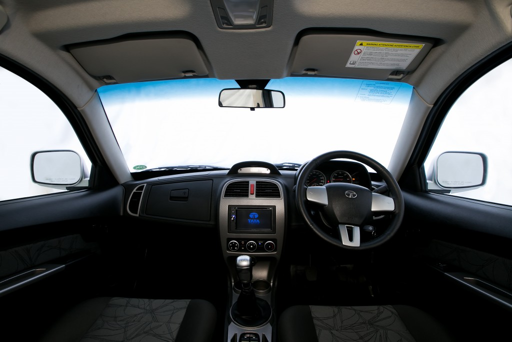 2015 TATA Xenon 150N X-Plore 4WD (1)