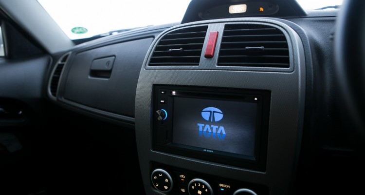 2015 TATA Xenon 150N X-Plore 4WD (4)