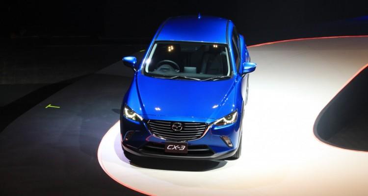 2015 Mazda CX-3 (1)