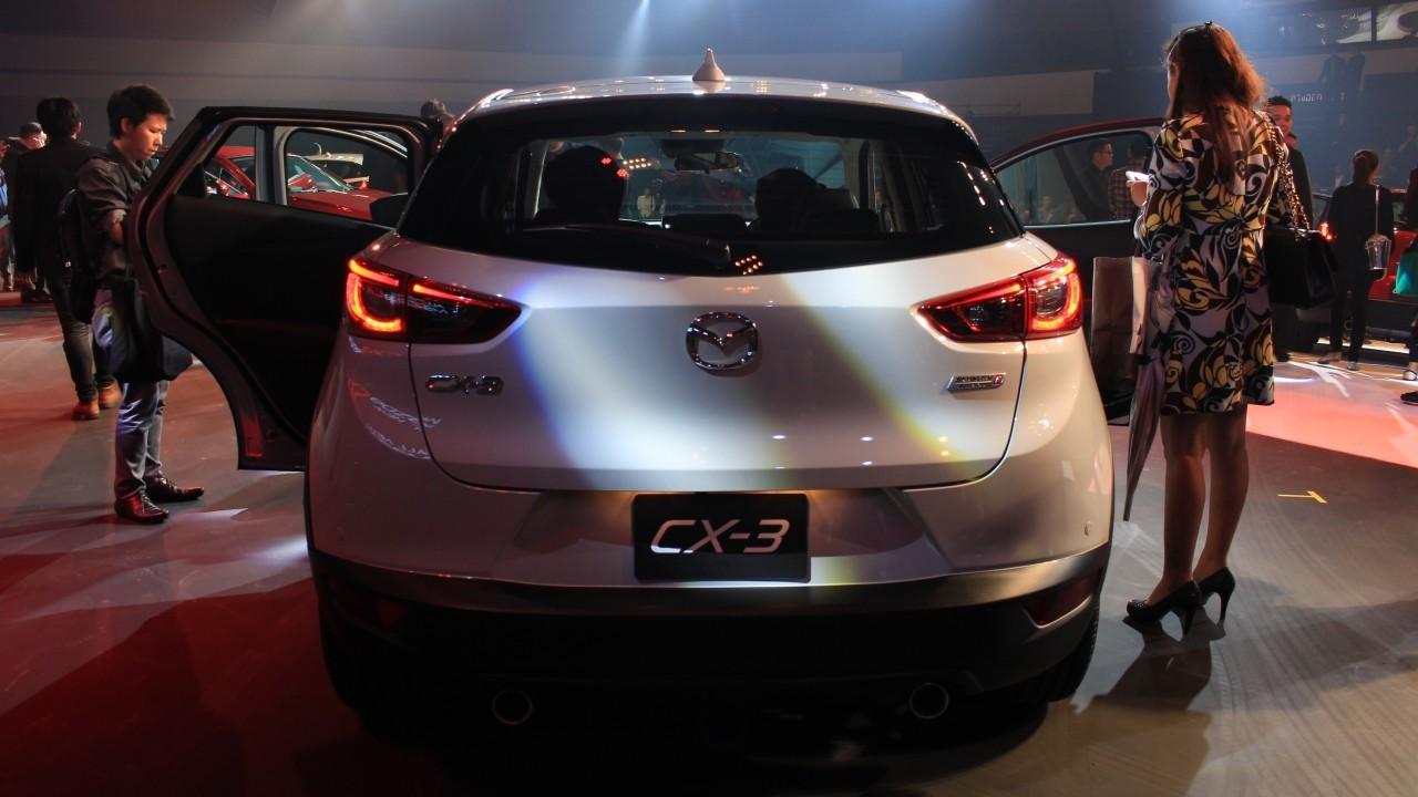 2015 Mazda CX-3 (14)
