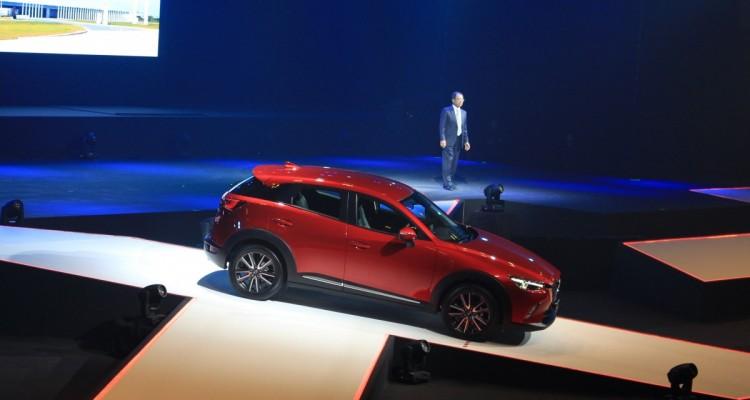 2015 Mazda CX-3 (2)