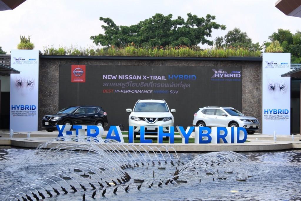2015 Nissan X-Trail Hybrid (2)
