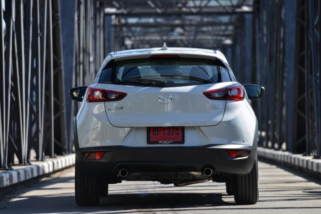 Mazda CX-3 เบนซิน ตระกูล ลินทมิตร driveautoblog (3)