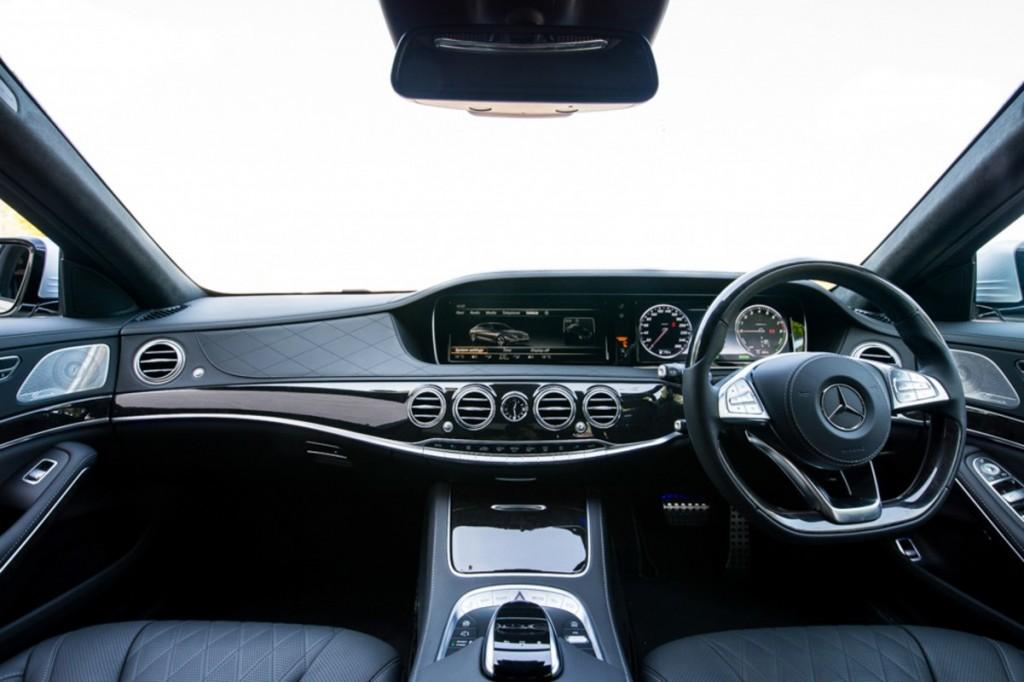The S 500 e AMG Premium-23
