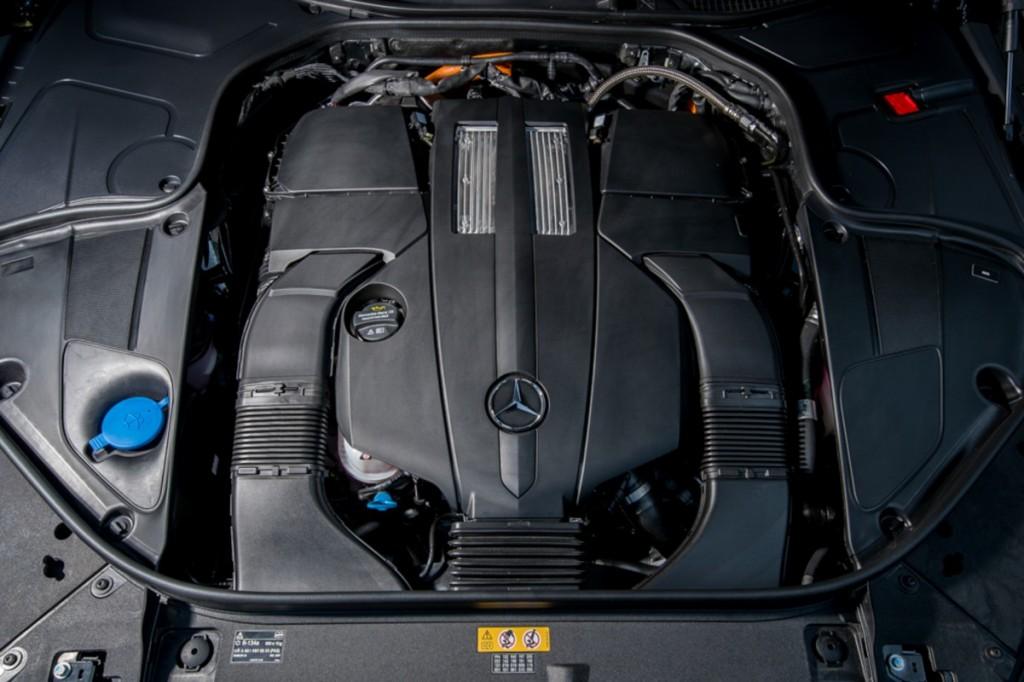 The S 500 e AMG Premium-48
