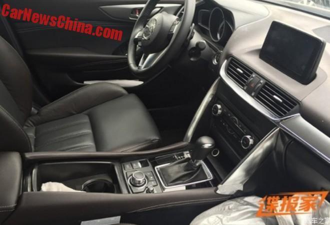 2016 Mazda CX-4 Spyshot (3)
