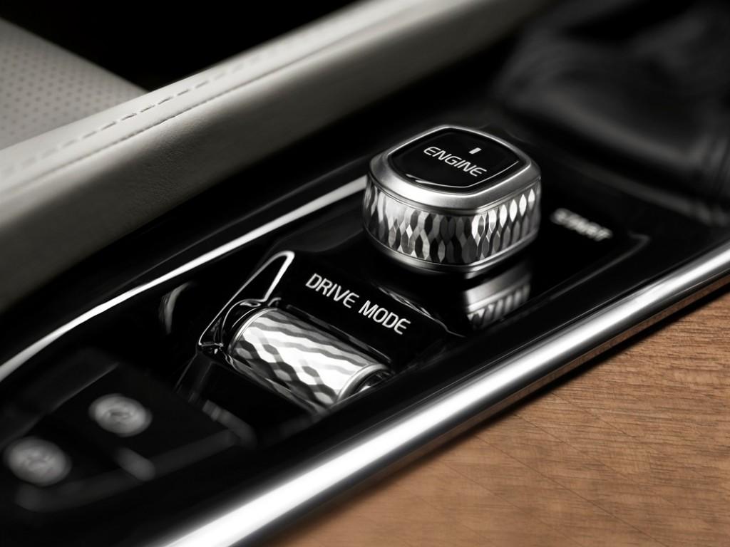 2016 Volvo XC90 (2)-horz