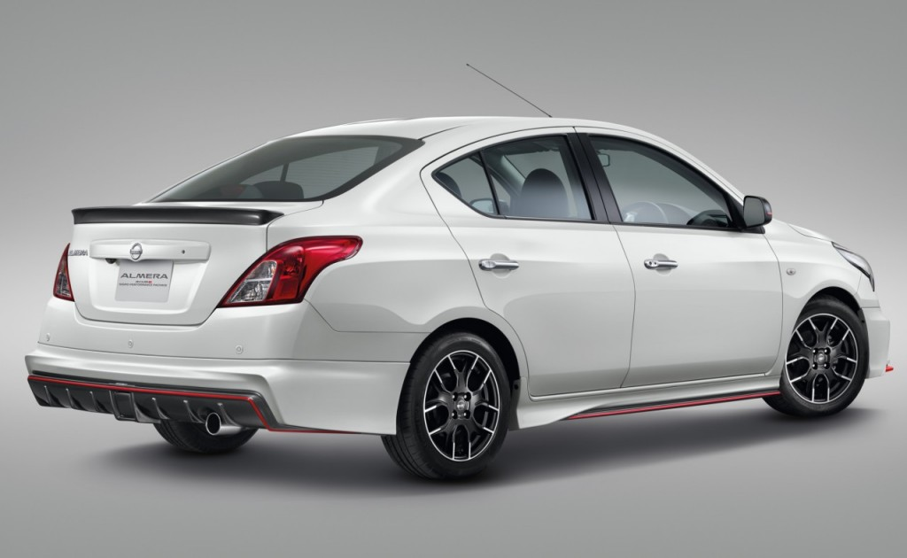 3. Almera Nismo Performance Package_45 Back