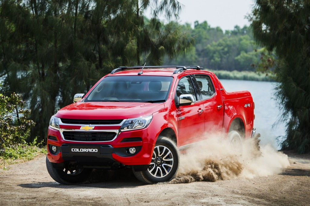 2017 Chevrolet Colorado High Country_dynamic 1