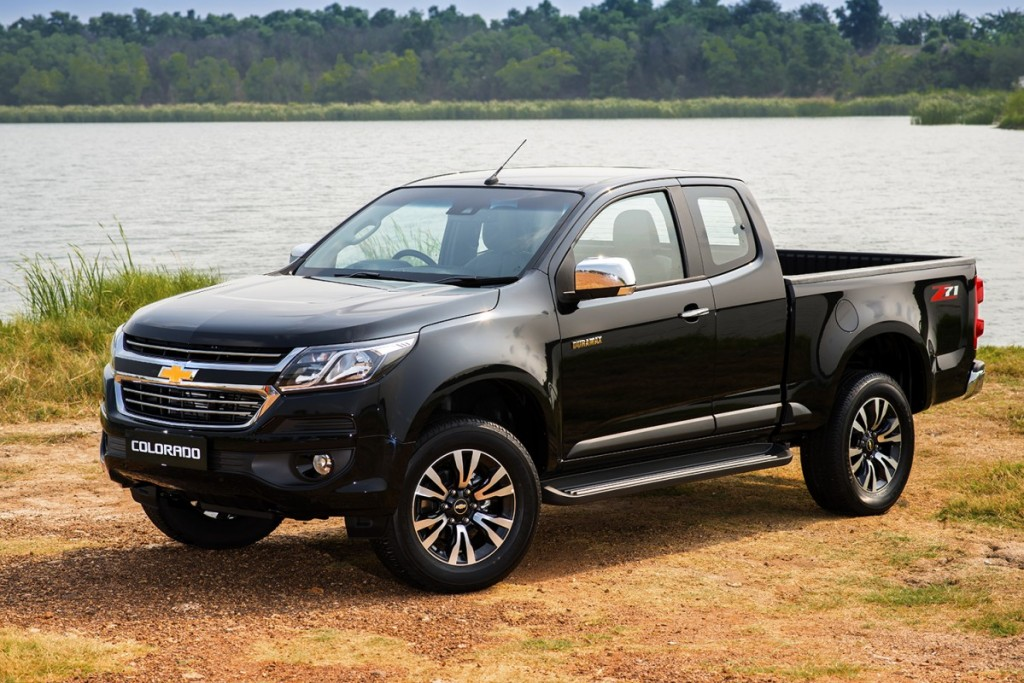 2017 Chevrolet Colorado LTZ_F3Q black