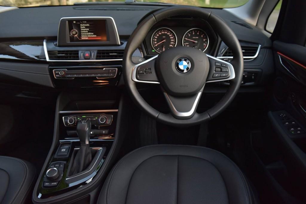 BMW 218i Gran Tourer28