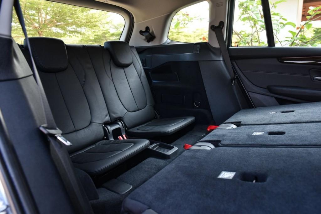 BMW 218i Gran Tourer32