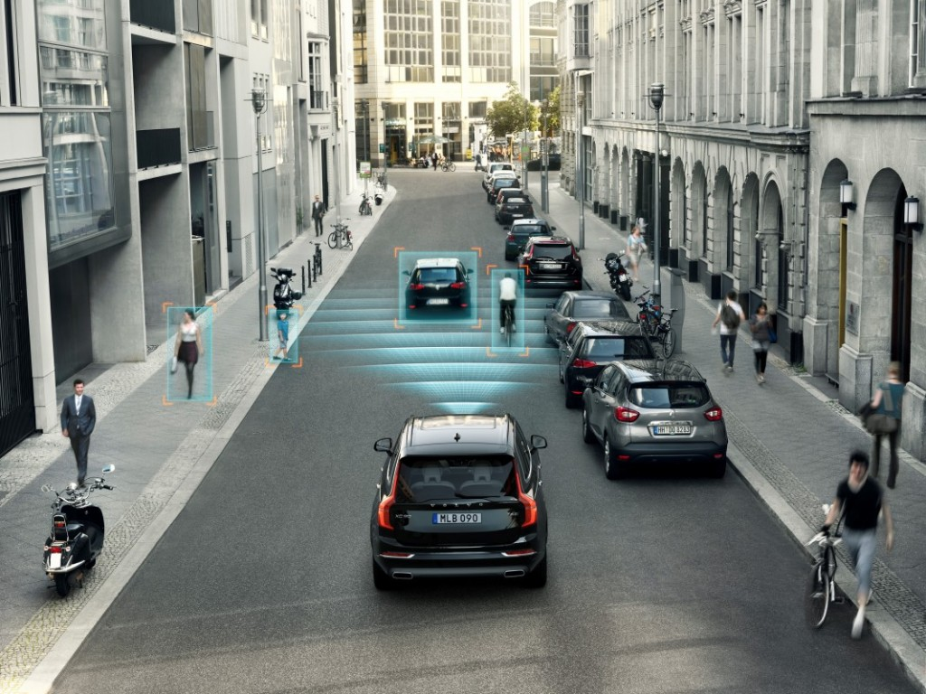 The_all_new_Volvo_XC90_City_Safety