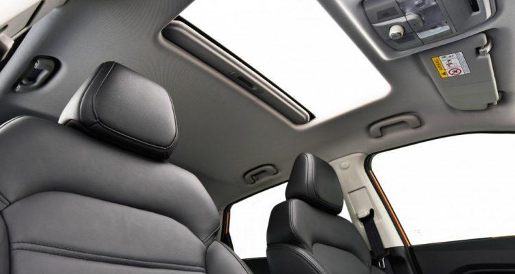 2016 MG GS interior  driveautoblog Testdrive (29)