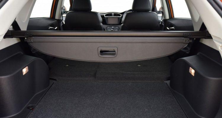 2016 MG GS interior  driveautoblog Testdrive (38)