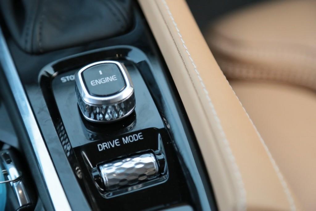 Volvo XC90 D5 AWD9