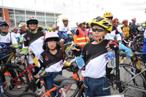 มิตซูฯ ปั่นจักรยานท่องเที่ยว 3
