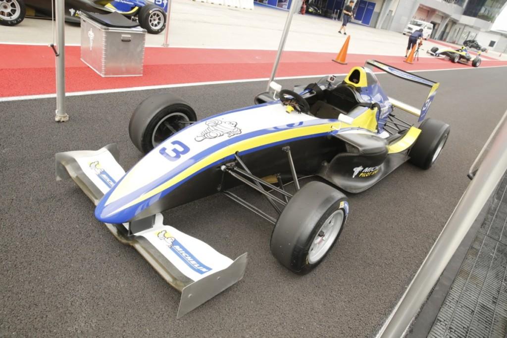 michelin-pilot-sport-4-129