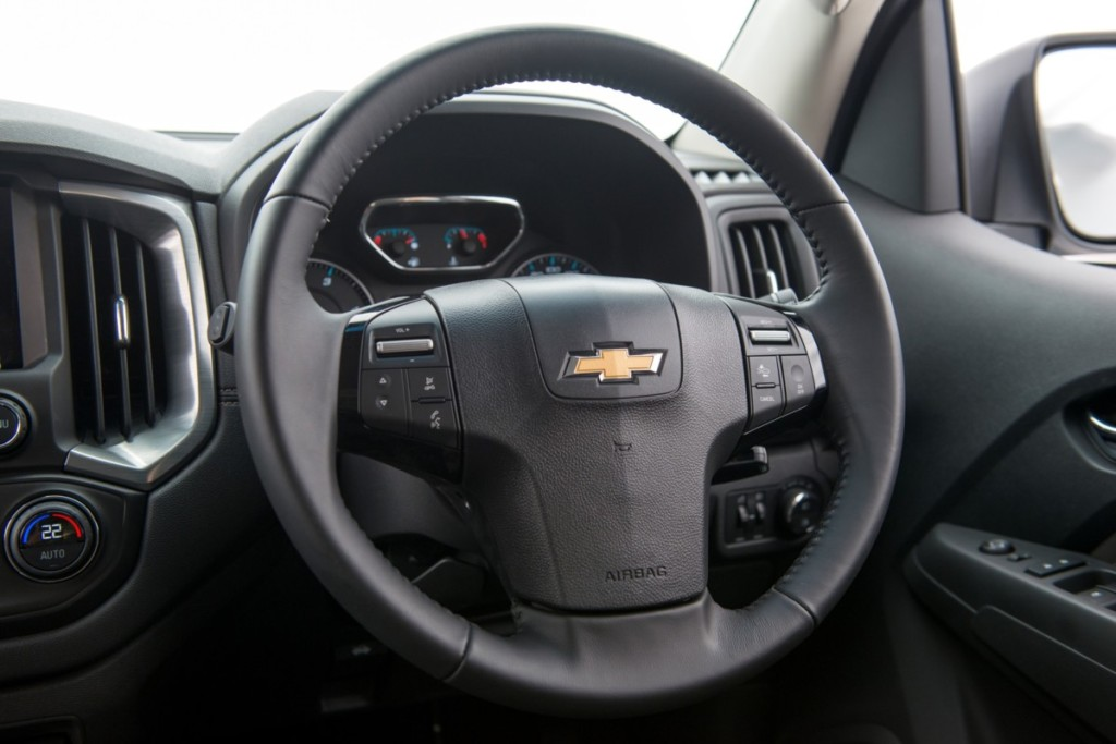 chevrolet-trailblazer-duramax-diesel-turbo-2-5-interior-6