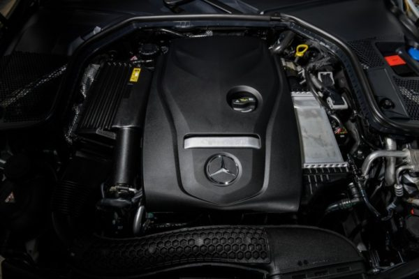 c-250-coupe-amg-dynamic-exterior-14