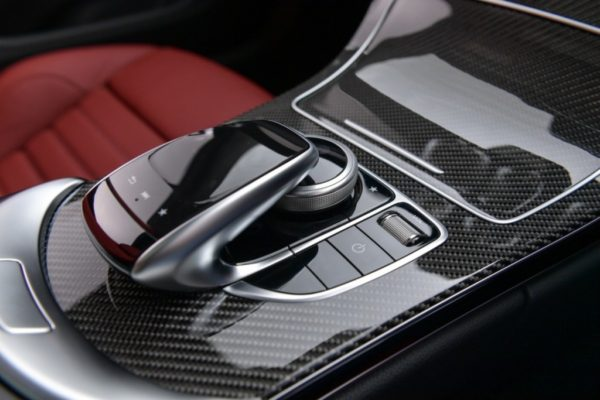 c-250-coupe-amg-dynamic-interior-11