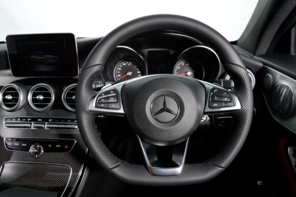 c-250-coupe-amg-dynamic-interior-9