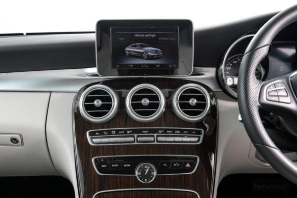 c-250-coupe-sport-interior-3