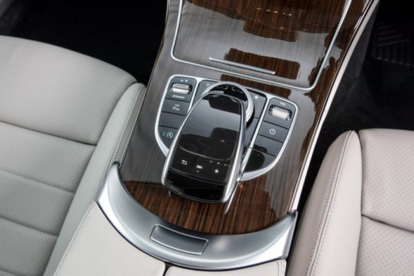 c-250-coupe-sport-interior-4