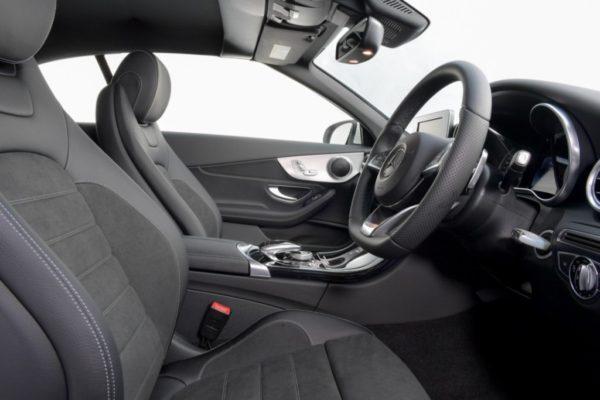 c-300-cabriolet-interior-12