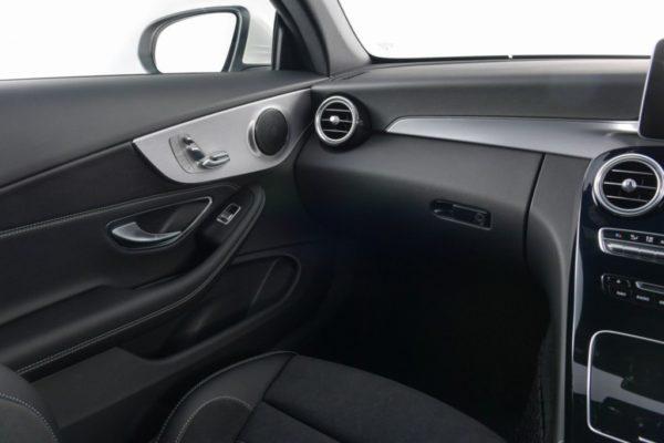 c-300-cabriolet-interior-4