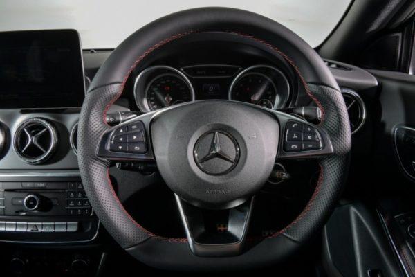 cla-250-amg-dynamic-interior-5