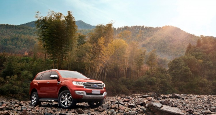 Ford New Everest 1