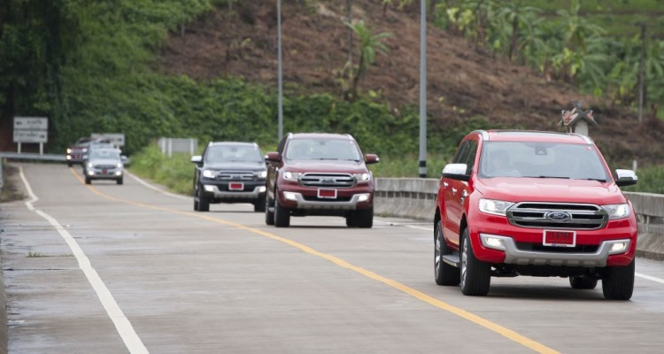 Ford Everest drive 007
