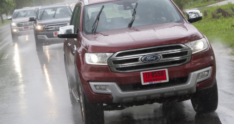 Ford Everest drive 031