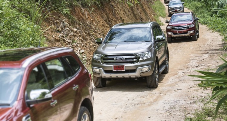 Ford Everest on location 001