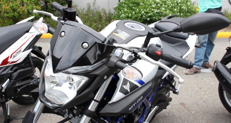 2015 Yamaha MT-03 (17)